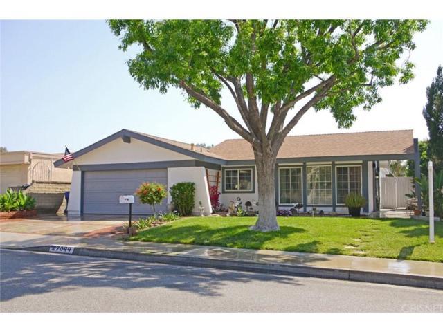 27044 Las Mananitas Drive, Valencia, CA 91354 (#SR19033865) :: Paris and Connor MacIvor
