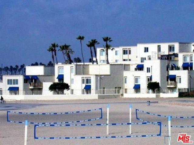 711 Pacific Coast Highway #315, Huntington Beach, CA 92648 (#19435362) :: Paris and Connor MacIvor