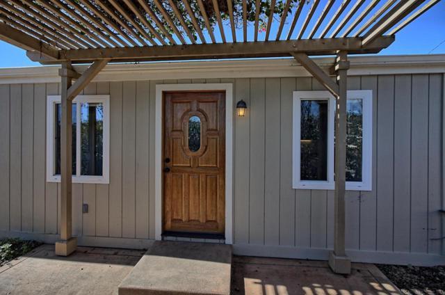 322 Sycamore Street, Santa Paula, CA 93060 (#219001810) :: Lydia Gable Realty Group