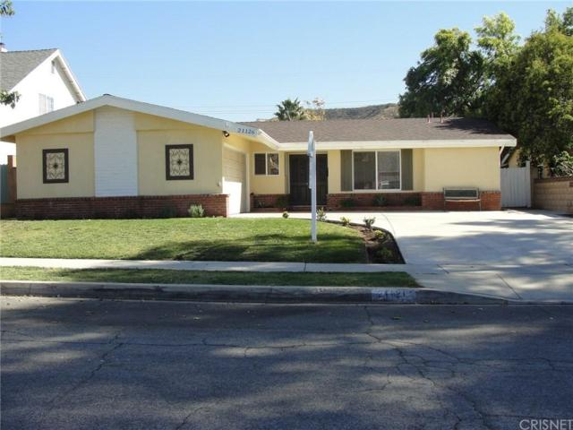 21126 Kingscrest Drive, Saugus, CA 91350 (#SR19037685) :: The Real Estate Offices of Talbot and Watson