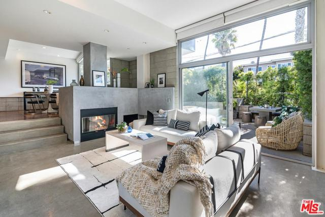 639 Pacific Street A, Santa Monica, CA 90405 (#19433396) :: Golden Palm Properties