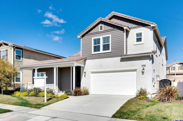 22389 Copper Mountain Court, Saugus, CA 91350 (#319000656) :: The Agency