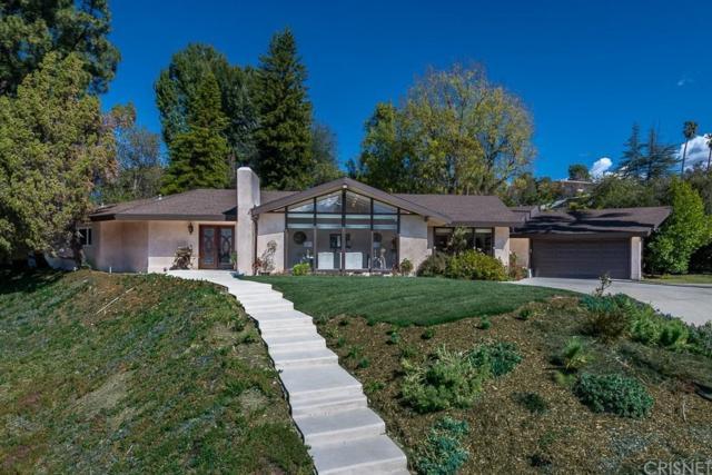 16221 Meadowridge Road, Encino, CA 91436 (#SR19039281) :: Golden Palm Properties