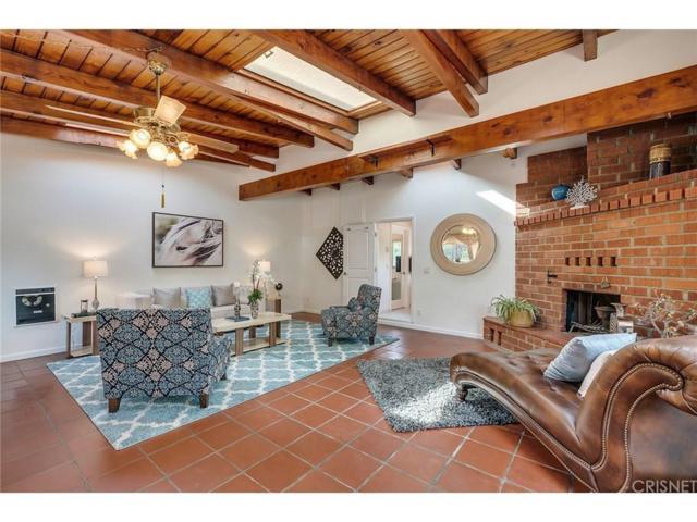 24647 Mulholland, Calabasas, CA 91302 (#SR19027061) :: Golden Palm Properties