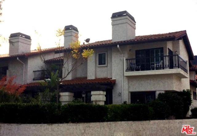 17250 Palisades Circle, Pacific Palisades, CA 90272 (#19435348) :: Golden Palm Properties