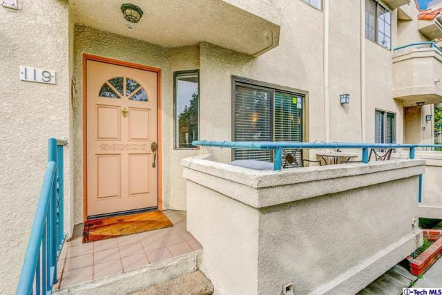 2930 Montrose Avenue #119, Glendale, CA 91214 (#319000532) :: Golden Palm Properties