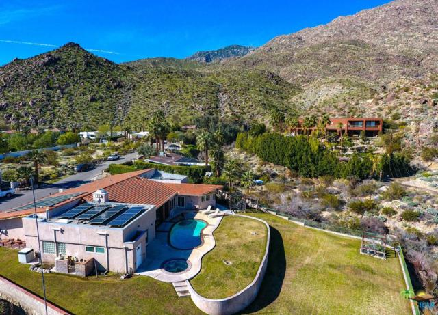 242 W Camino Descanso, Palm Springs, CA 92264 (#19437186PS) :: TruLine Realty