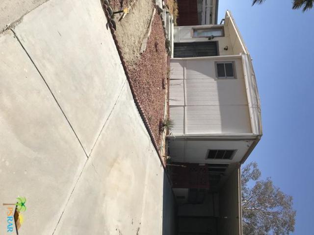 69310 Crestview, Desert Hot Springs, CA 92240 (#19441528PS) :: Lydia Gable Realty Group