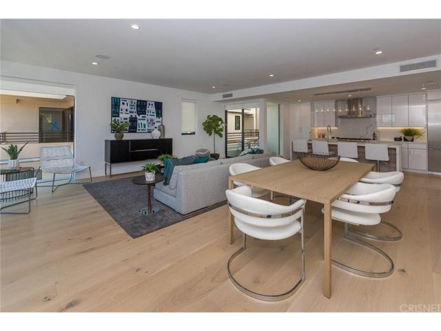 737 N Gramercy Place, Hollywood, CA 90038 (#SR19055033) :: The Agency