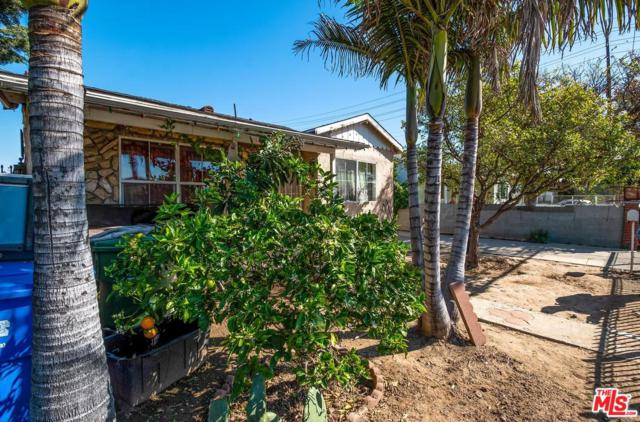 4845 Lennox, Inglewood, CA 90304 (#19445172) :: Fred Howard Real Estate Team