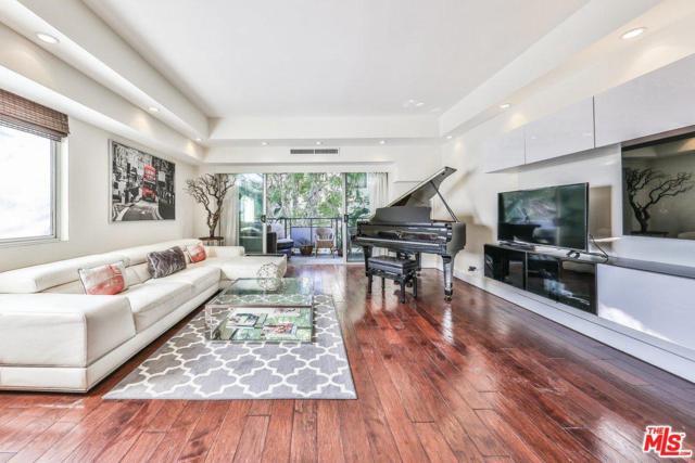 1155 N La Cienega #205, West Hollywood, CA 90069 (#19445310) :: The Agency