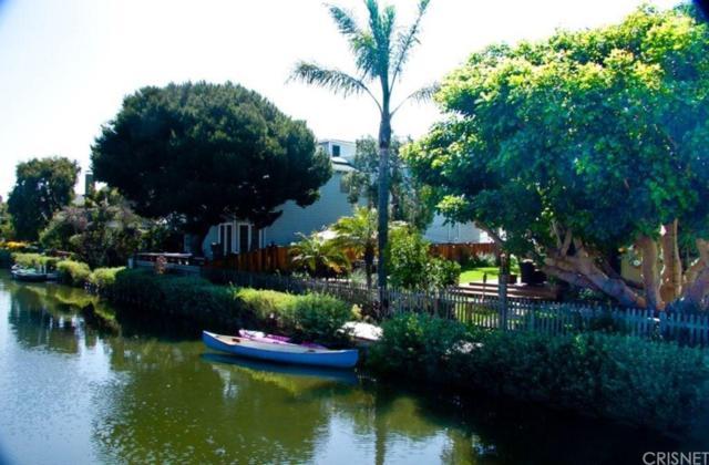 214 Sherman Canal, Venice, CA 90291 (#SR19064639) :: The Fineman Suarez Team