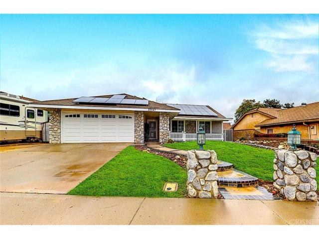 20747 Benz Road, Saugus, CA 91350 (#SR19064911) :: TruLine Realty