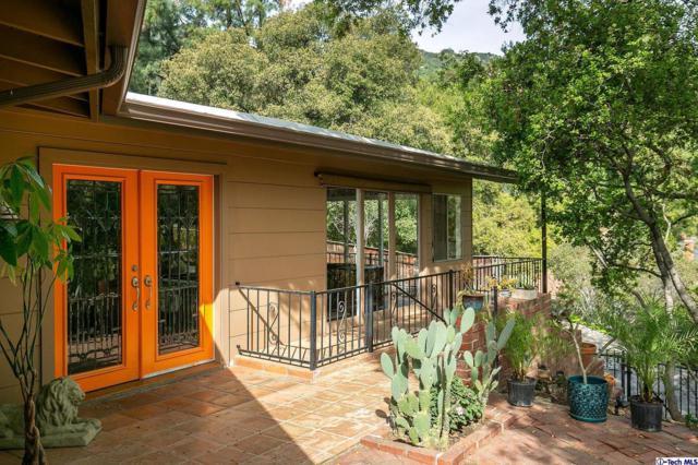 3151 Glencrest Drive, Glendale, CA 91208 (#319001274) :: The Agency