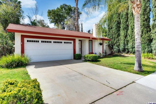 24208 Dalgo Drive, Valencia, CA 91355 (#319001345) :: The Agency
