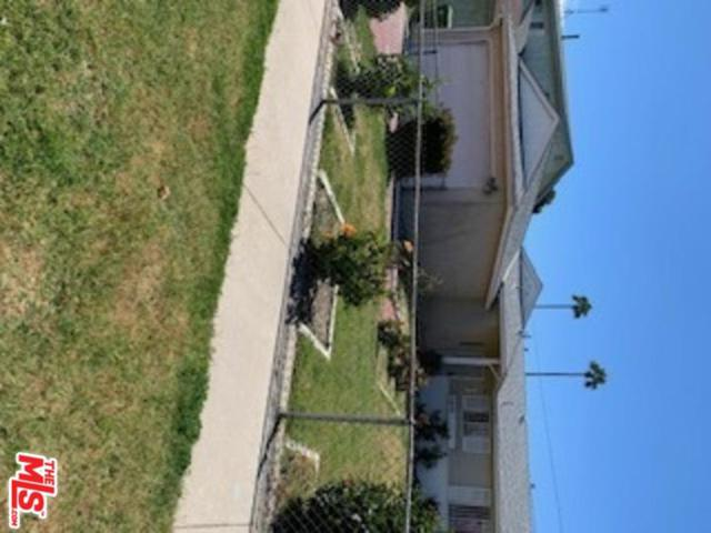 15609 S Haskins Avenue, Compton, CA 90220 (#19449962) :: Paris and Connor MacIvor