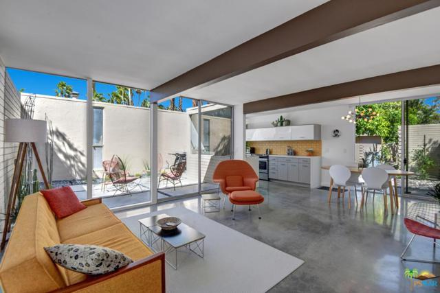 360 Cabrillo Road #232, Palm Springs, CA 92262 (#19450092PS) :: The Agency