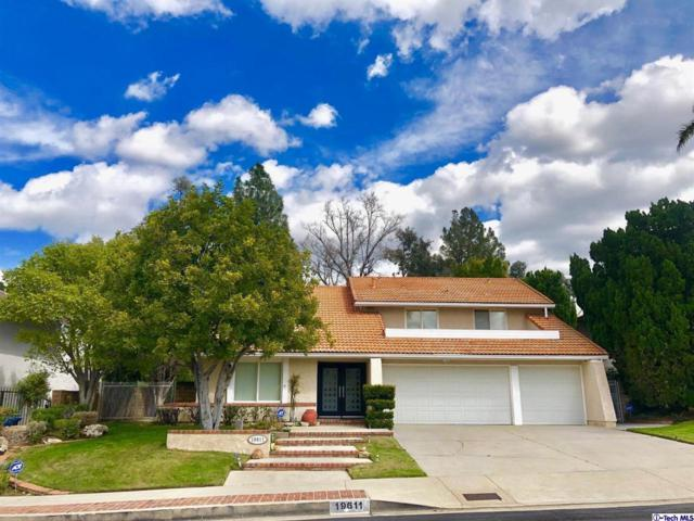 19611 Singing Hills Drive, PORTER RANCH, CA 91326 (#319001405) :: The Fineman Suarez Team