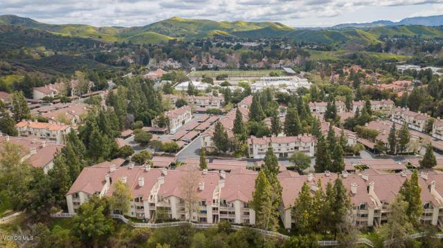 5816 Freebird Lane #101, Oak Park, CA 91377 (#219004144) :: Lydia Gable Realty Group