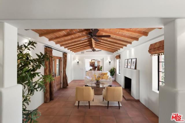 2905 N Puerta Del Sol, Palm Springs, CA 92262 (#19446894) :: The Agency