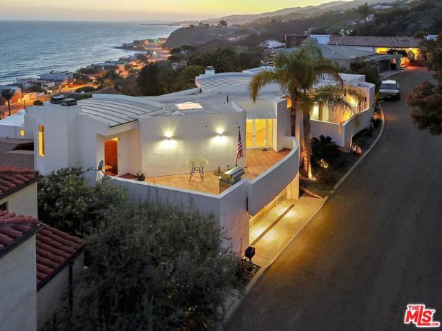 21458 Rambla Vista, Malibu, CA 90265 (#19455476) :: Golden Palm Properties
