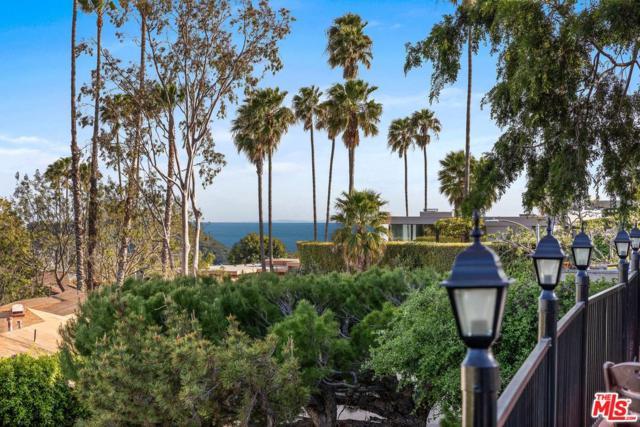 2207 Jeffersonia Way, Los Angeles (City), CA 90049 (#19456314) :: Golden Palm Properties