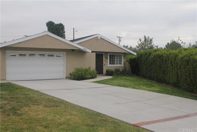 27872 Crosspath Avenue, Canyon Country, CA 91351 (#SR19089949) :: Paris and Connor MacIvor