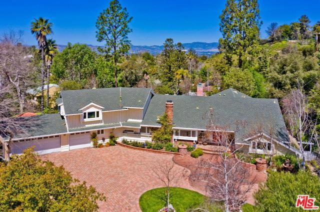 19155 Rosita Street, Tarzana, CA 91356 (#19457696) :: Golden Palm Properties