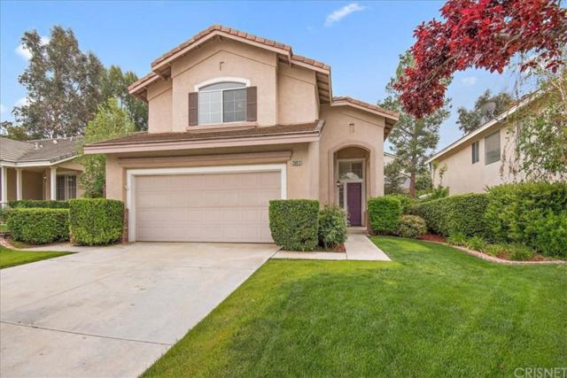 26811 Grommon Way, Canyon Country, CA 91351 (#SR19085374) :: Paris and Connor MacIvor