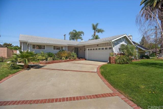 10619 Swinton Avenue, Granada Hills, CA 91344 (#SR19088674) :: Paris and Connor MacIvor
