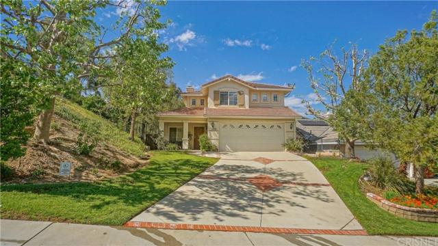 28027 Cascade Road, Castaic, CA 91384 (#SR19092046) :: Paris and Connor MacIvor