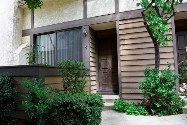 21137 Lassen Street #5, Chatsworth, CA 91311 (#SR19094081) :: Paris and Connor MacIvor