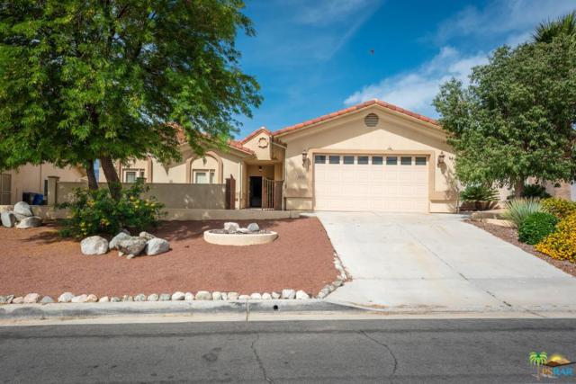 9455 Clubhouse, Desert Hot Springs, CA 92240 (#19462202PS) :: TruLine Realty