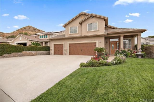 14411 Colorado Pl, Canyon Country, CA 91387 (#SR19114693) :: Paris and Connor MacIvor