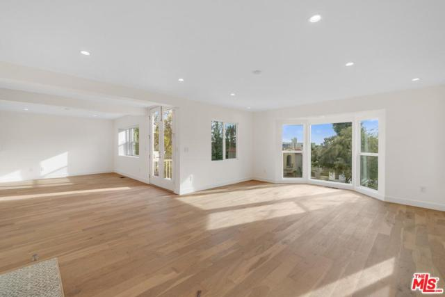6539 Cahuenga Terrace, Los Angeles (City), CA 90068 (#19467678) :: The Parsons Team