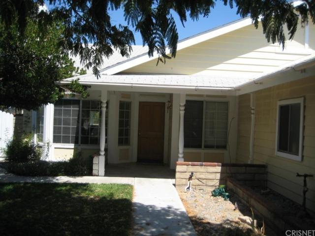 27741 Carnegie Avenue, Saugus, CA 91350 (#SR19115623) :: Paris and Connor MacIvor