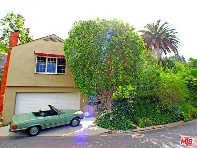 2274 Alcyona Drive, Los Angeles (City), CA 90068 (#19464742) :: The Parsons Team