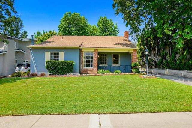 1589 N Grand Oaks Avenue, Pasadena, CA 91104 (#819002359) :: Paris and Connor MacIvor