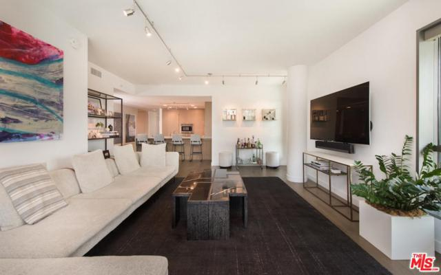 1755 Ocean Avenue #310, Santa Monica, CA 90401 (#19469228) :: PLG Estates