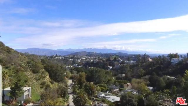 8675 Appian Way, Los Angeles (City), CA 90046 (#19469602) :: The Agency
