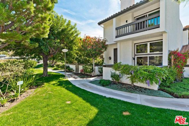 1650 Palisades Drive, Pacific Palisades, CA 90272 (#19469662) :: Paris and Connor MacIvor