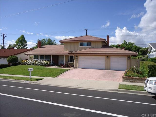 131 W Avenida De Las Flores, Thousand Oaks, CA 91360 (#SR19121158) :: Paris and Connor MacIvor
