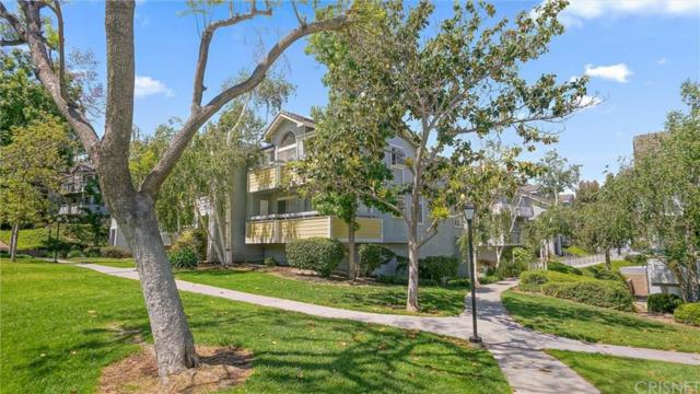 26856 Claudette Street #721, Canyon Country, CA 91351 (#SR19126322) :: Lydia Gable Realty Group