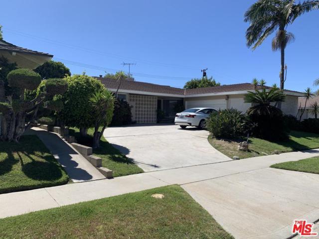 6618 Bedford Avenue, Los Angeles (City), CA 90056 (#19468760) :: Fred Howard Real Estate Team
