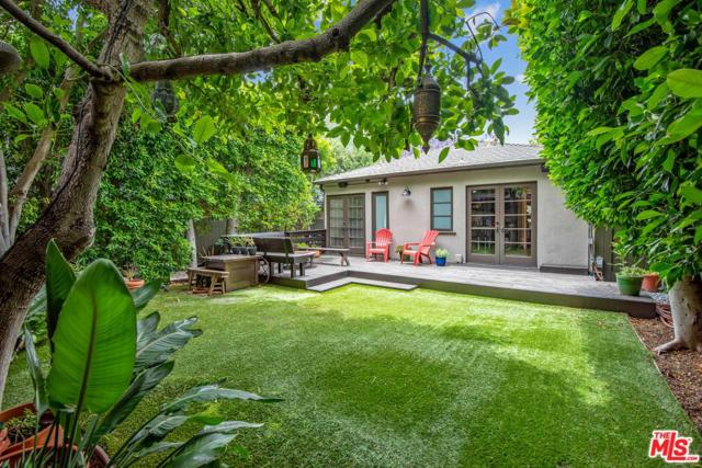 362 Westbourne Drive, West Hollywood, CA 90048 (#19477608) :: Golden Palm Properties