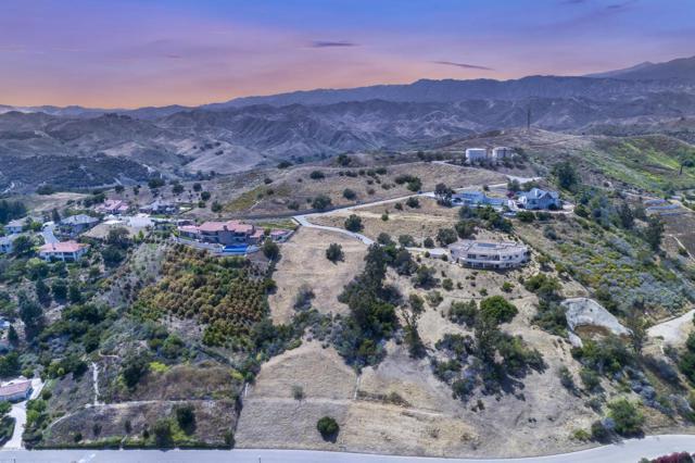 862 Montclair Drive, Santa Paula, CA 93060 (#219007342) :: The Pratt Group