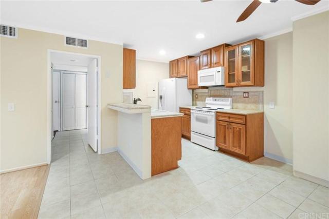 23515 Lyons Avenue #115, Valencia, CA 91355 (#SR19143182) :: Paris and Connor MacIvor