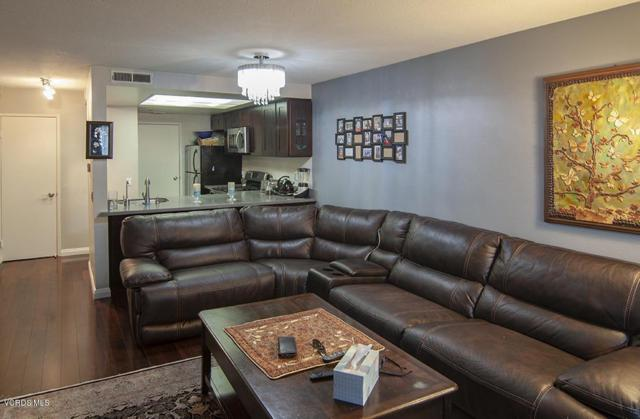 5263 Colodny Drive #2, Agoura Hills, CA 91301 (#219007475) :: Fred Howard Real Estate Team