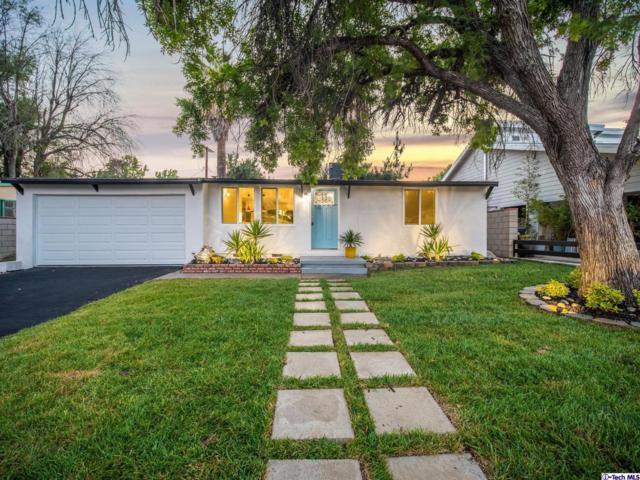 8431 Mammoth Avenue, Panorama City, CA 91402 (#319002417) :: The Agency