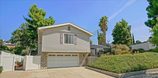 19276 Sierra Estates Drive, Newhall, CA 91321 (#SR19143711) :: Paris and Connor MacIvor